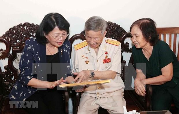 Destaca vicepresidenta vietnamita contribuciones de martires hinh anh 1