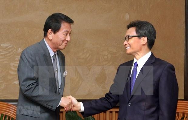 Destaca vicepremier de Vietnam relaciones amistosas con Japon hinh anh 1