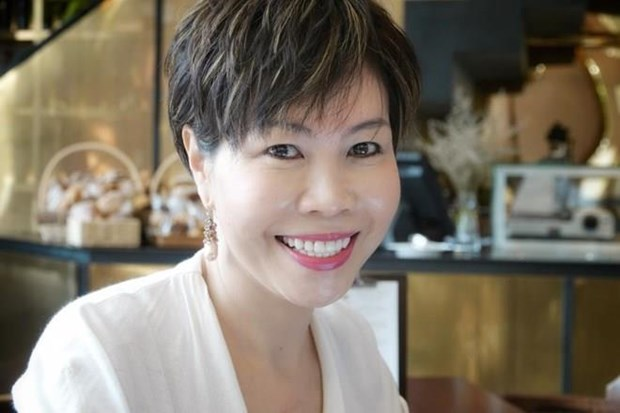 Rendiran homenaje en festival de Hong Kong a ejecutiva vietnamita de la industria cinematrografica hinh anh 1