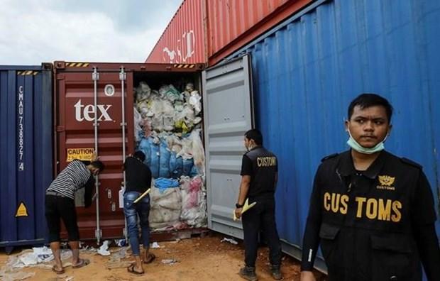 Refuerza Indonesia acciones contra importaciones de residuos plasticos hinh anh 1