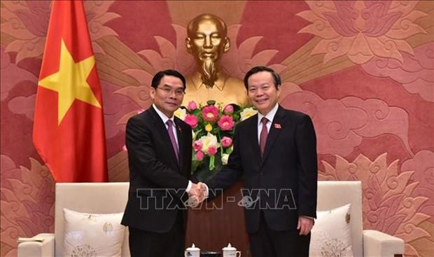 Estudian parlamentos de Vietnam y Laos medidas para estrechar lazos bilaterales hinh anh 1