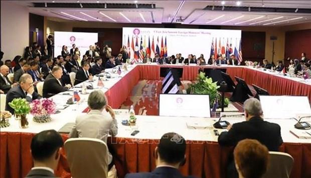 Reafirma Vietnam disposicion de fortalecer papel de ASEAN+3 como garantia de paz hinh anh 1