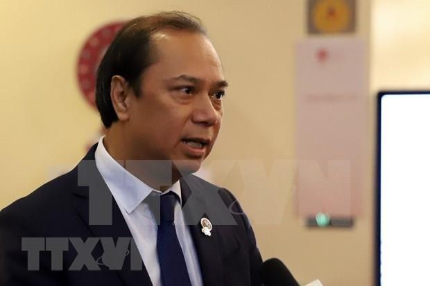 Centra tema sobre Mar del Este debates de reunion de cancilleres de ASEAN hinh anh 1