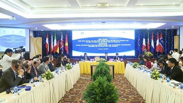 Debaten medidas para incrementar lazos comerciales entre provincia vietnamita y la UE hinh anh 1