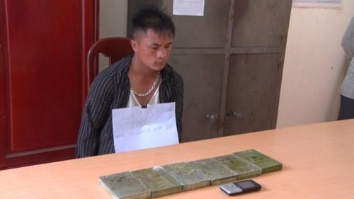 Arrestan en Vietnam a traficantes de heroina proveniente de Laos hinh anh 1