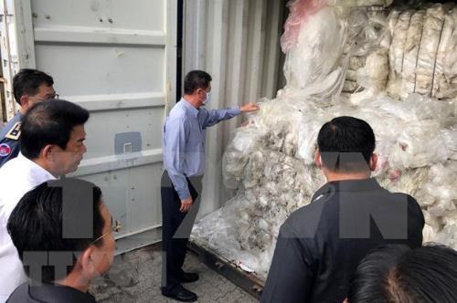 Impide Camboya importaciones ilegales de desechos plasticos hinh anh 1