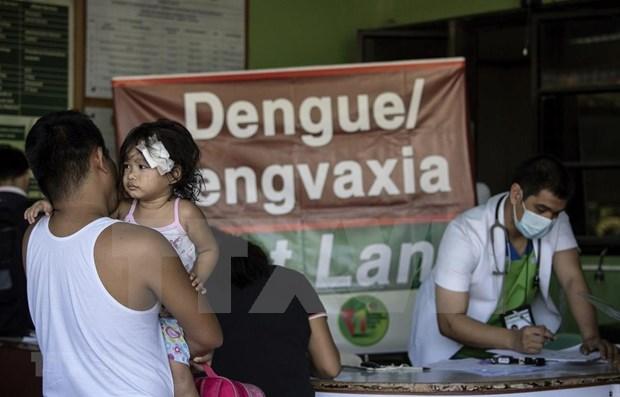 Prohiben en Filipinas vacunacion pese a brote de dengue hinh anh 1