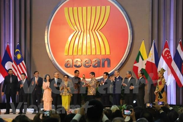Asiste vicepremier vietnamita al aniversario 52 de la fundacion de la ASEAN hinh anh 1