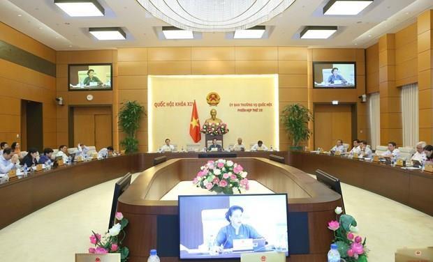 Comite Permanente de Parlamento vietnamita estudiara diferentes proyectos de leyes hinh anh 1