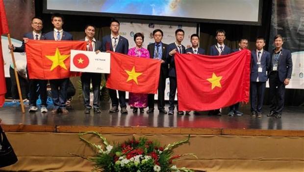 Vietnam gana una medalla de oro en Olimpiada Internacional de Astronomia y Astrofisica hinh anh 1