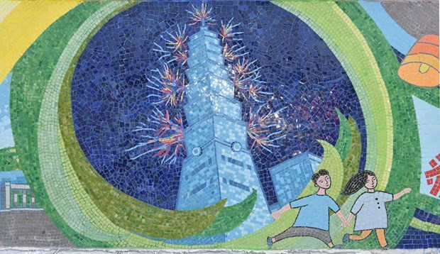 Presentan en Mural Ceramico de Hanoi bellezas naturales y culturales de Taiwan hinh anh 1