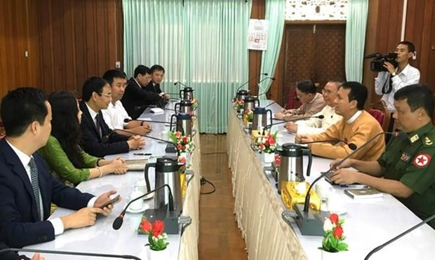Impulsa Hanoi cooperacion con ciudades de la ASEAN hinh anh 1