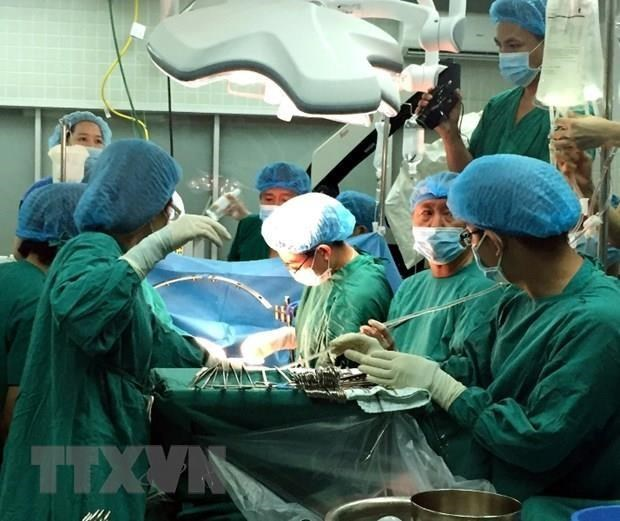 Firman Vietnam y Japon pacto de cooperacion en formacion de personal medico hinh anh 1