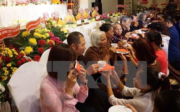 El consumo de alimentos vegetarianos: costumbre popular durante el Festival de Vu Lan hinh anh 1