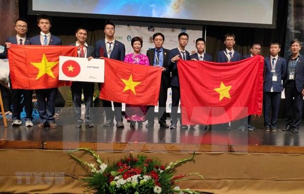 Cosecha Vietnam medallas en Olimpiada Internacional de Astronomia y Astrofisica hinh anh 1