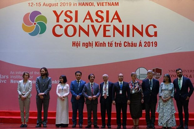 Desarrollan en Vietnam conferencia sobre Iniciativas de Academicos Jovenes de Asia hinh anh 1