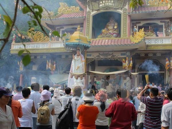 Reconocen Festival Linh Son Thanh Mau como patrimonio cultural inmaterial de Vietnam hinh anh 1