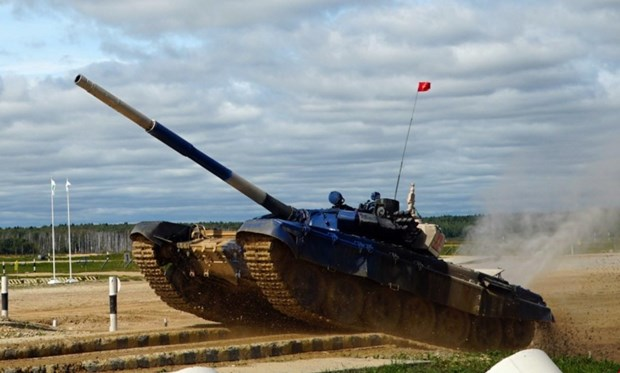 Ocupa Vietnam el segundo lugar en biatlon de tanques durante Juegos Militares Internacionales hinh anh 1