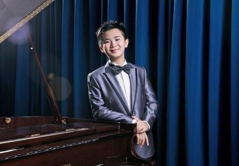 Actuara prodigio musical Peter Leung en Vietnam hinh anh 1