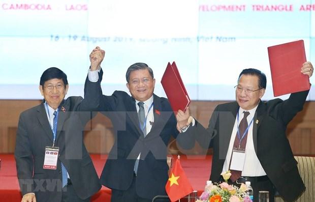 Acuerdan Vietnam, Laos y Camboya cooperacion en Triangulo de Desarrollo hinh anh 1