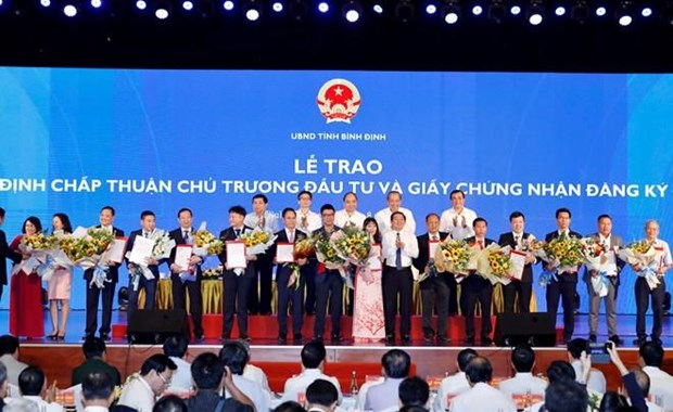 Premier vietnamita aboga a region central a desarrollar su economia hinh anh 1