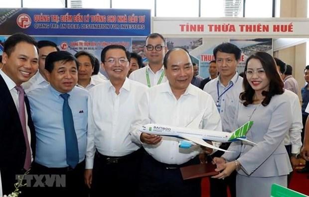 Orienta primer ministro vietnamita impulsar desarrollo del Centro del pais hinh anh 1