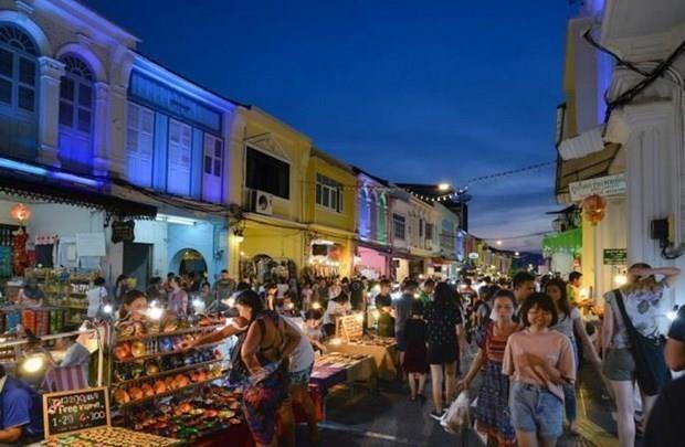 Extiende Tailandia politica de visa gratuita para turistas hinh anh 1