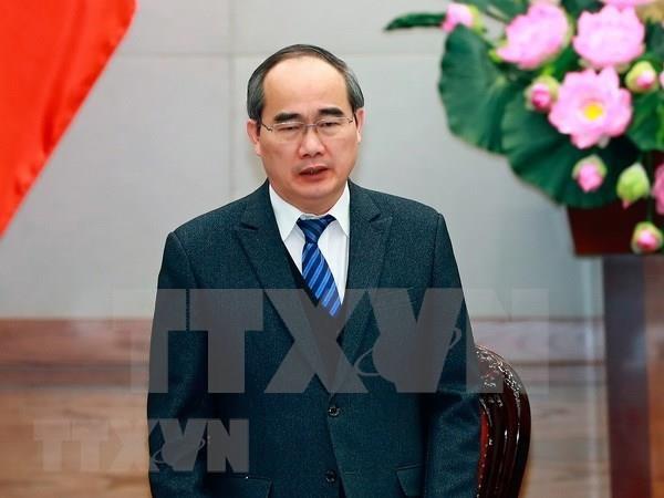 Realiza delegacion de Ciudad Ho Chi Minh gira por Singapur e Indonesia hinh anh 1