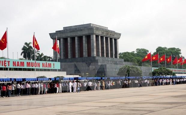 Visitaron casi 58 millones de personas el Mausoleo de Ho Chi Minh hinh anh 1