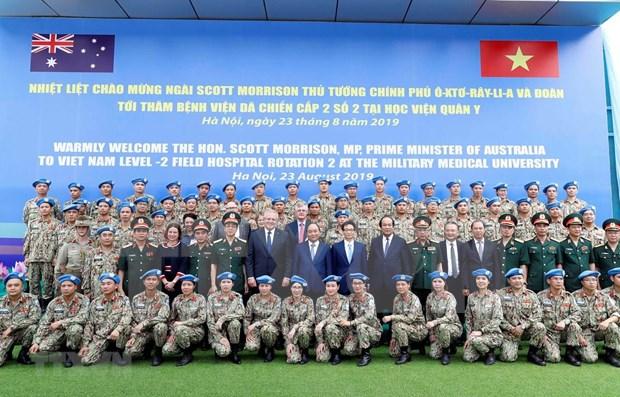 Premier australiano visita hospital de campana del Ejercito Popular de Vietnam hinh anh 1