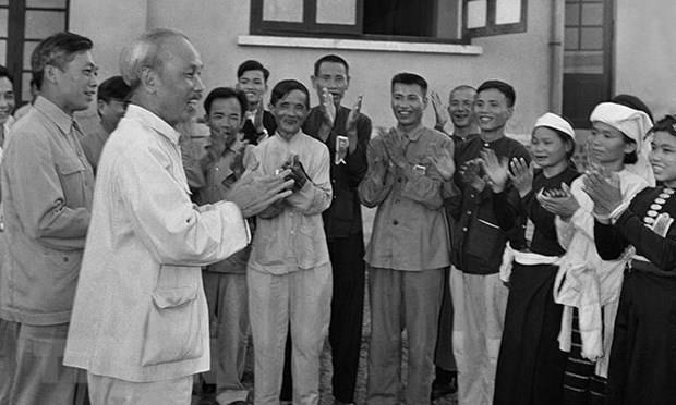 Resaltan en exposicion valor del Testamento del Presidente Ho Chi Minh hinh anh 1