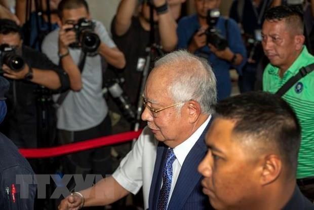 Obtiene exprimer ministro de Malasia permiso para impugnar al fiscal general en juicios de 1MDB hinh anh 1