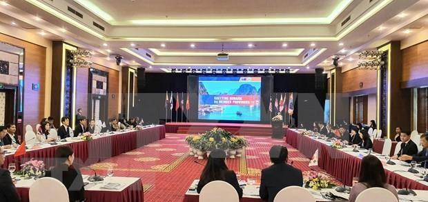 Debaten en Vietnam medidas para desarrollar turismo verde en Asia Oriental hinh anh 1