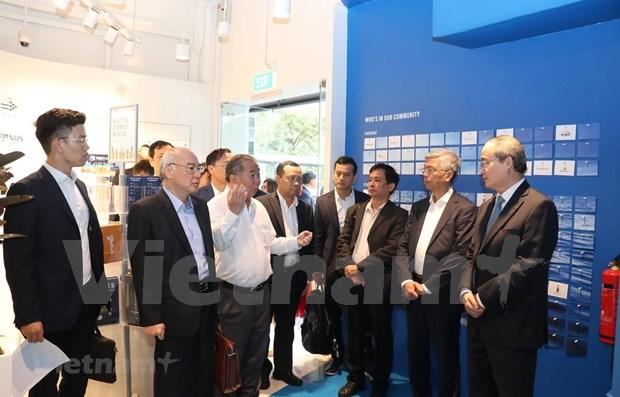 Aspira Vietnam a impulsar cooperacion con Singapur en emprendimiento y tecnologia hinh anh 1