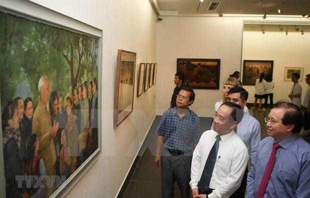 Inauguran exposicion sobre el Presidente Ho Chi Minh hinh anh 1