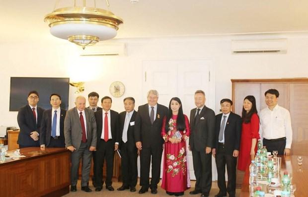 Promueven inversiones checas en provincia vietnamita de Vinh Phuc hinh anh 1