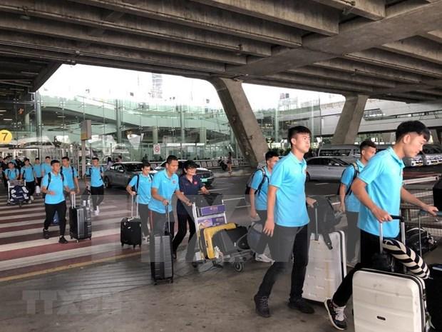 Seleccion de Vietnam llega a Tailandia para eliminatoria asiatica del Mundial 2020 hinh anh 1