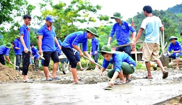 Jovenes voluntarios de Vietnam, una historia gloriosa de 20 anos hinh anh 1