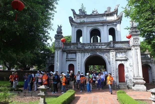 Recibe Hanoi mas de 270 mil visitantes durante las vacaciones del Dia Nacional hinh anh 1