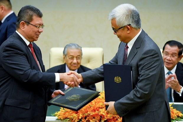 Firman Camboya y Malasia acuerdos en comercio, inversion y turismo hinh anh 1