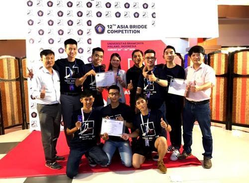 Ganan estudiantes vietnamitas premios de diseno de puente asiatico hinh anh 1