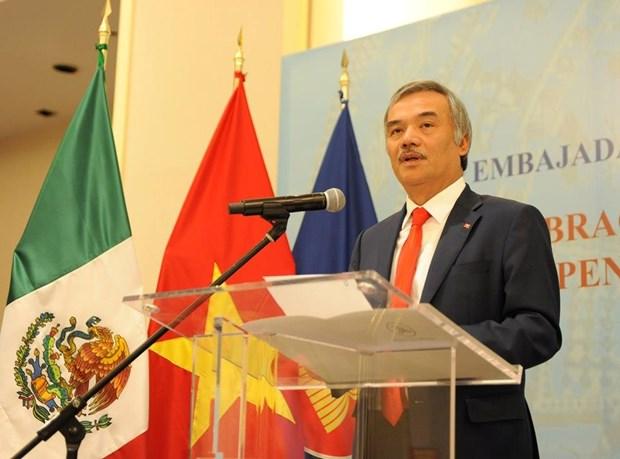 Celebran vietnamitas en Mexico y Canada el Dia Nacional del pais indochino hinh anh 1