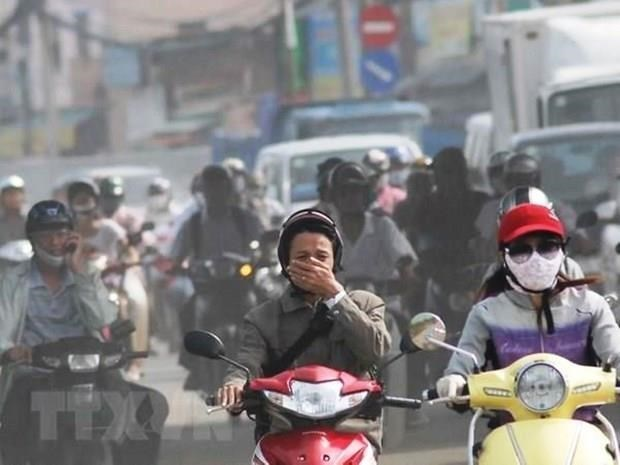 Llaman en Vietnam a reducir uso de vehiculos personales para combatir contaminacion ambiental hinh anh 1