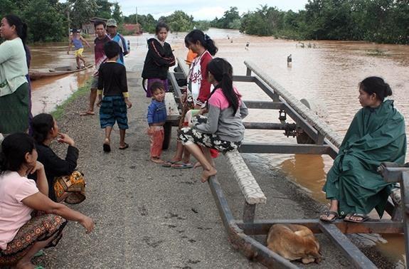 Vietnam expresa solidaridad con Laos ante perdidas provocadas por las inundaciones hinh anh 1