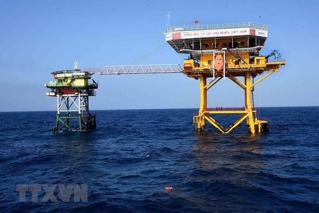 Condenan analistas internacionales acciones ilegales de China en el Mar del Este hinh anh 1