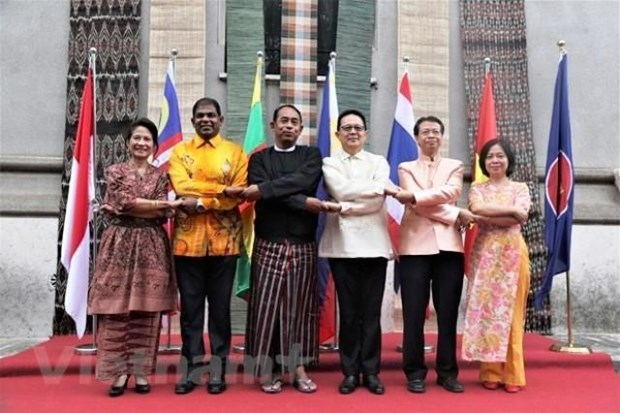Celebran en Italia Dia de la Familia de ASEAN hinh anh 1