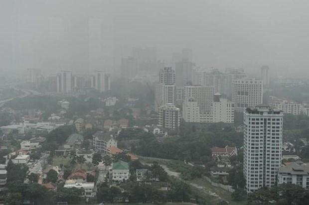 "Proyectan en Malasia ""sembrar nubes"