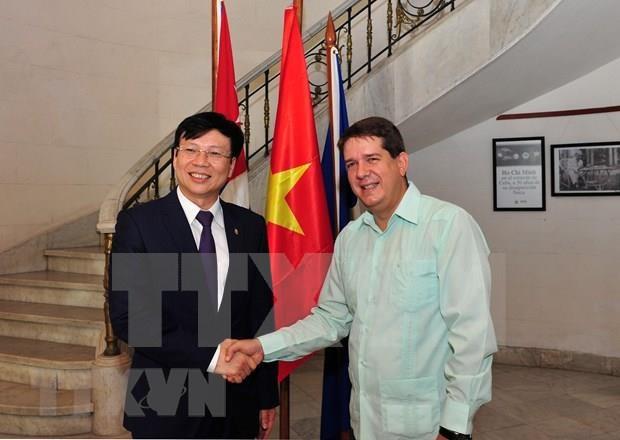 Ratifican Vietnam y Cuba camino comun en el periodismo hinh anh 2
