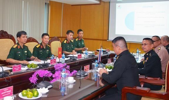 Estrecha Vietnam cooperacion internacional en misiones del mantenimiento de la paz hinh anh 1