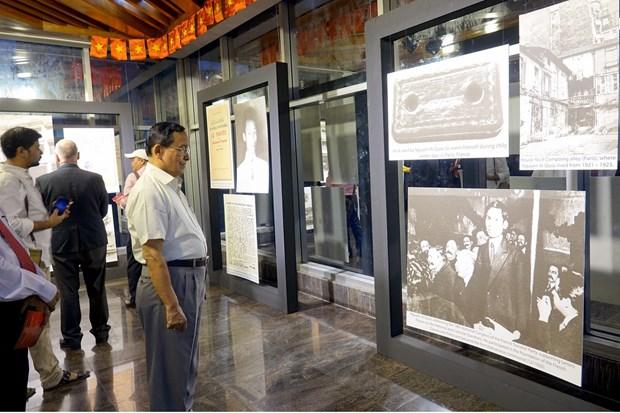 Exhiben en Banglades fotos sobre Presidente Ho Chi Minh hinh anh 1